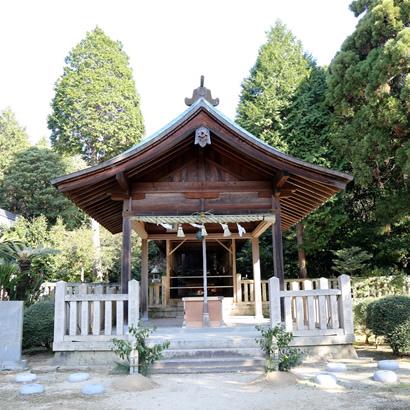 大和大国魂神社 前殿