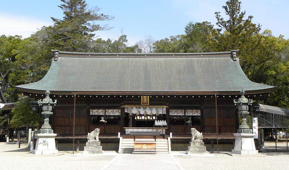 伊弉诺神宫 前殿