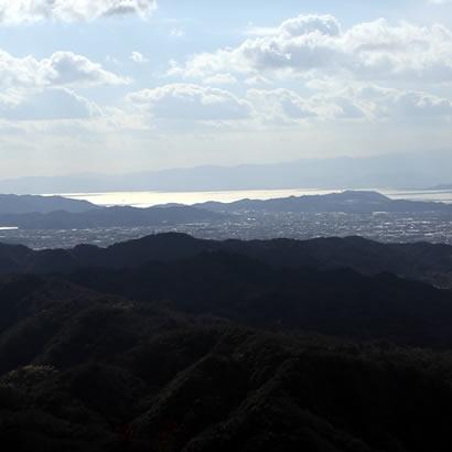 """从先山俯瞰的风景绝佳,先山也被尊为""""淡路富士""""。"""